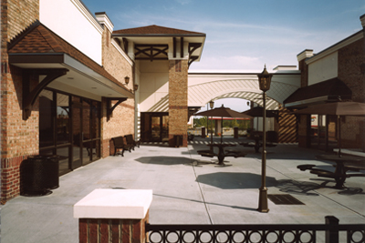 Colonnade Retail Center